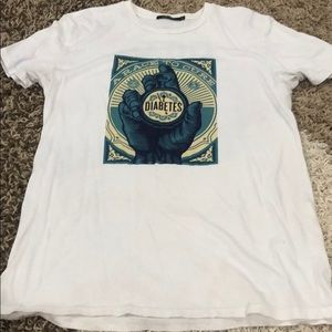 Obey T-shirt sz Small